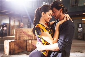 Shahrukh Khan and Deepika Padukone Romantic Photo