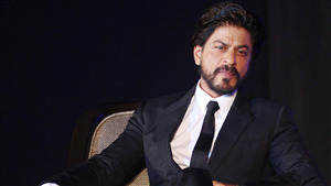 Shahrukh Khan in Black Suit Photo
