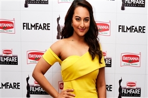 Sonakshi Sinha in Filmfare Award Photo