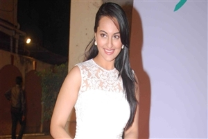 Sonakshi Sinha in White Dress Photo