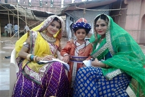 Paridhi Sharma as Jodha in Hindi TV Serial Jodha Akbar Star Cast Images