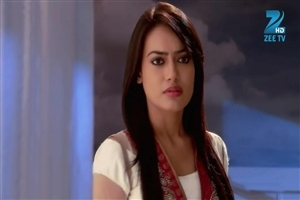 Zee TV TV Serial Qubool Hai Star Cast Surbhi Jyoti as Zoya Khan Photos
