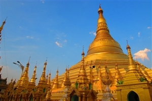 Golden Temple in Myanmar Wallpaper