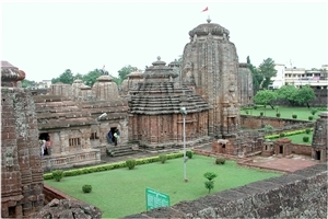 Lingaraj Hindu Temple of God  Shiva in Odisha Wallpapers
