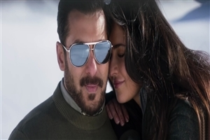 Salman Khan and Katrina Kaif Romantic Photo of Tiger Zinda Hai Movie