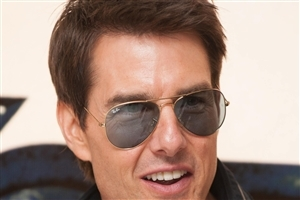 Tom Cruise in Sunglasses Wallpaper