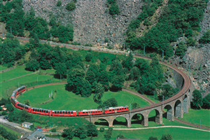 Bernina Express Tourist Attraction in Switzerland Wallpapers