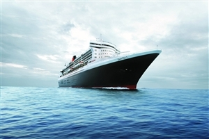 Queen Mary 2 Ship in Blue Sea HD Photo