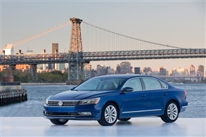 Blue Volkswagen Passat 2017 Car HD Wallpaper