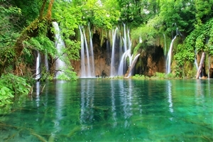 Beautiful Waterfalls in Lake Photo