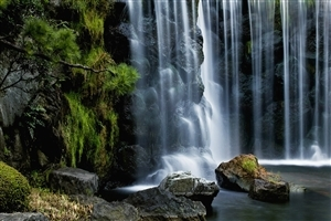 High Quality Photo of Waterfalls