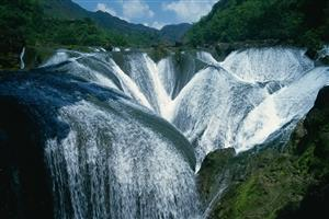 Photo of The Pearl Waterfall in China