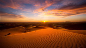 Beautiful Sunset in Desert 4K Wallpaper