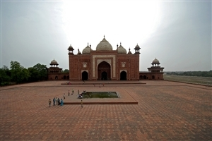 Taj Mahal Gate Photo