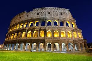 Wonder of World Colosseum in Italy Wallpaper
