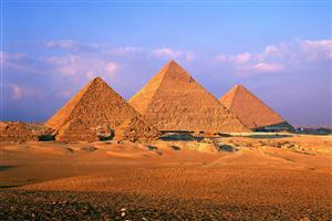 Wonders of World Pyramid of Giza in Egypt Wallpaper